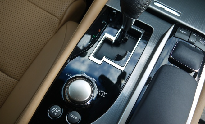 Lexus GS450h 2012 mode selector