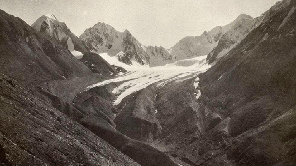 Las huellas del cambio climático en Alaska durante más de 100 años Denali+National+Park+(1919)+-+Photos+of+Alaska+Then+And+Now.+This+is+A+Get+Ready+to+Be+Shocked+When+You+See+What+it+Looks+Like+Now.