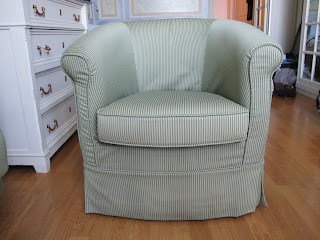 Perfect little bedroom chair, co ordinate your loose cover with your bedhead to creat a sheek and tailored look. See how great a loose cover can look and can give your exsisting furniture a new lease of life.