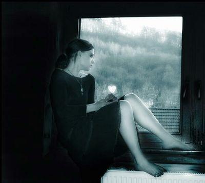 Tras los cristales  - Página 2 20070703191757-melancolia-en-la-ventana-p-