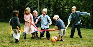 Kids love to play