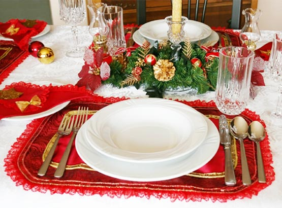 mesa de natal 75 223 Decoração de Natal: como escolher os utensílios para o jantar   louças
