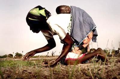 POR LAS MADRES, DE AFRICA... Mujer_africa