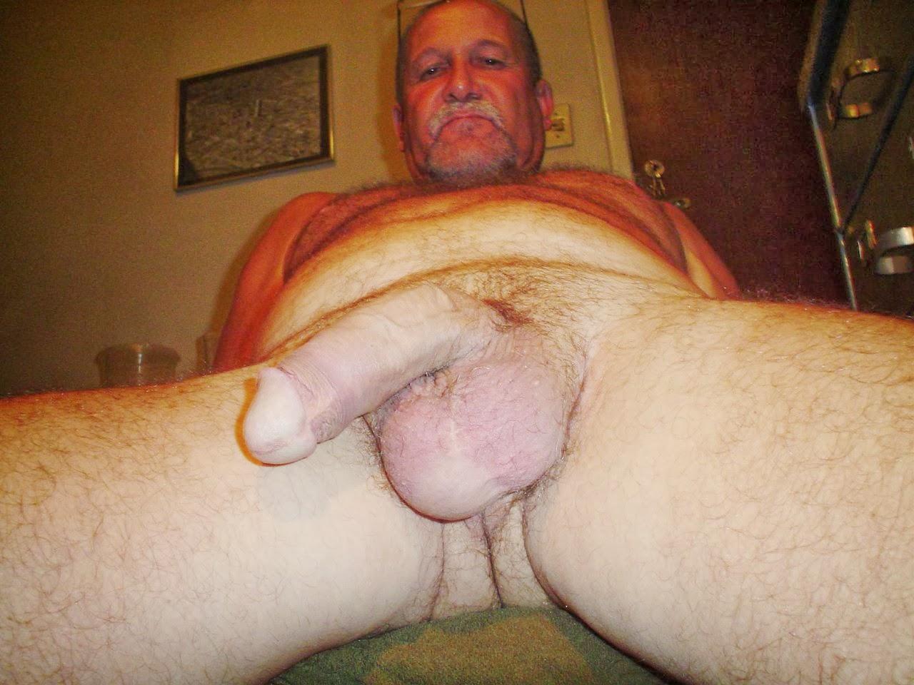 Фото старик с большим членом, Старый с молодой: порно фото на Возбуждает! 5 фотография