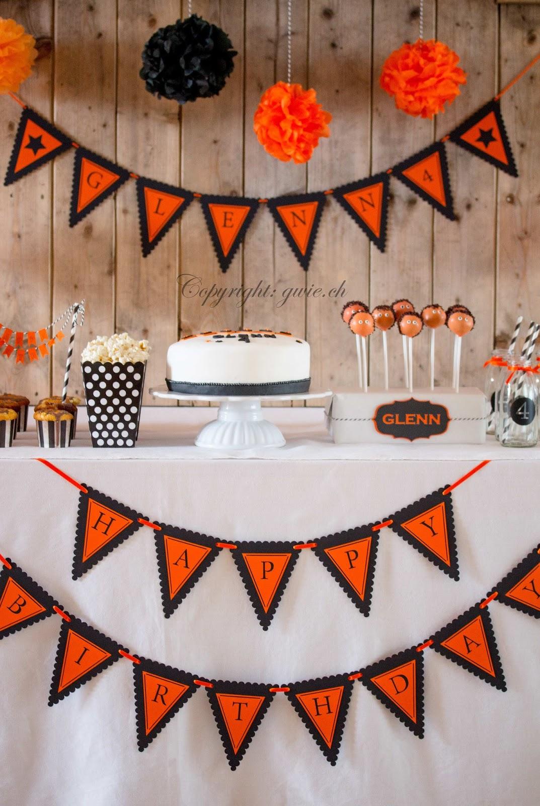 oranger sweet table, sweet table, sweet table mit wimpelketten, personalisierte wimpelkette, oranger sweet table