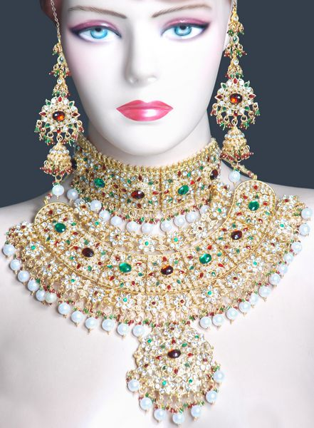 Awesome fashion 2012 awesome indian jewellery bridal jewellery 2012 Design and style fashion jewelry