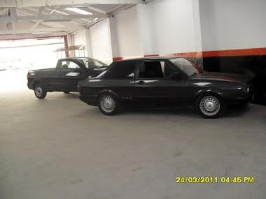 tres carros em serviços ao cliente