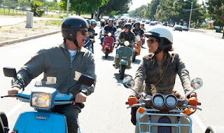 larry crowne-tom hanks-gugu mbatha-raw