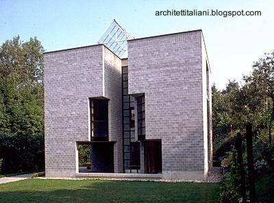 Casa posmoderna diseño del arquitecto Mario Botta