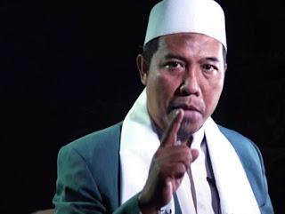 Hizbut Tahrir Indonesia mengecam keras penyerangan terhadap umat Islam saat sholat Idul Fitri yang disusul dengan pembakaran mushola di Kabupaten Tolikara Papua pada Jumat pagi (17/7).