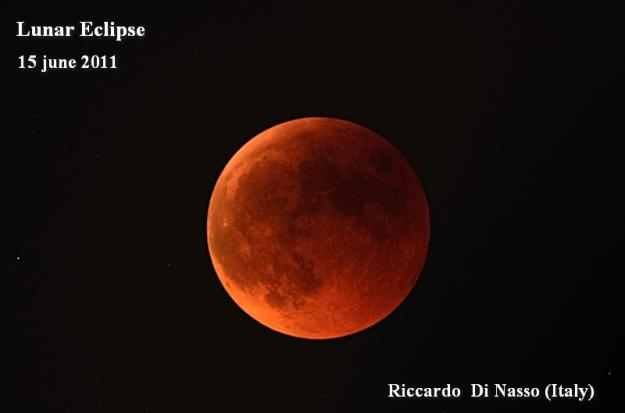 Moon Eclipse Tonight http://philosophyofscienceportal.blogspot.com/2011/06/lunar-eclipse-tonight.html