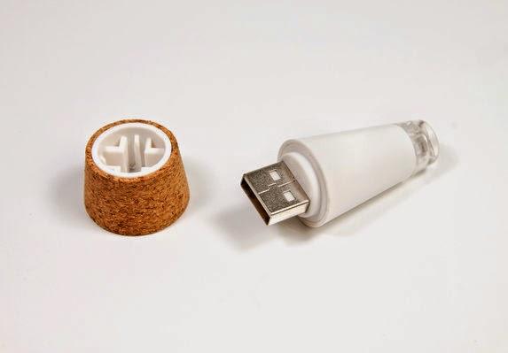 LEDライト付きコルクで空き瓶をランタンに