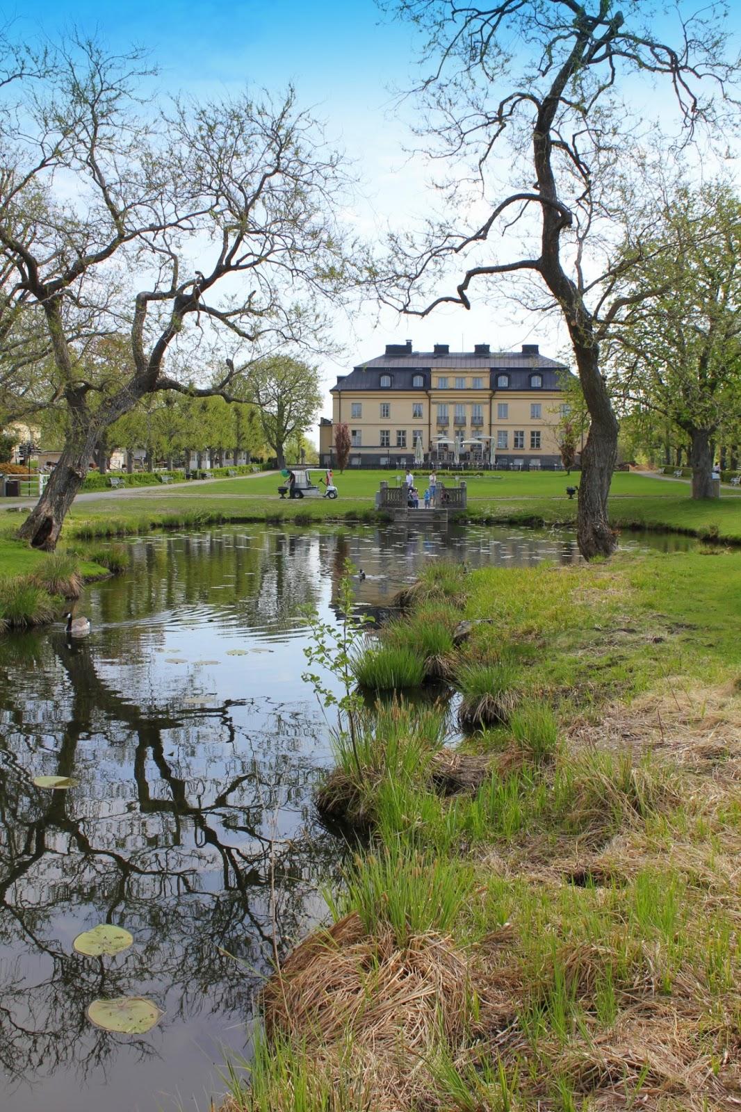 barn i stockholm h gelbyparken. Black Bedroom Furniture Sets. Home Design Ideas
