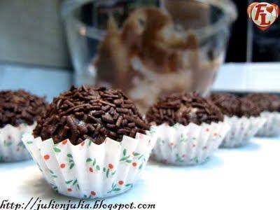 Brazilian Chocolate bonbon: Brigadeiro كرات الشوكولاتة البرازيلية بريجاديرو