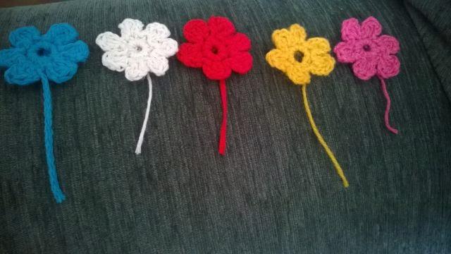 Kwiaty, szydełko i wiosna, która udaje późną jesień