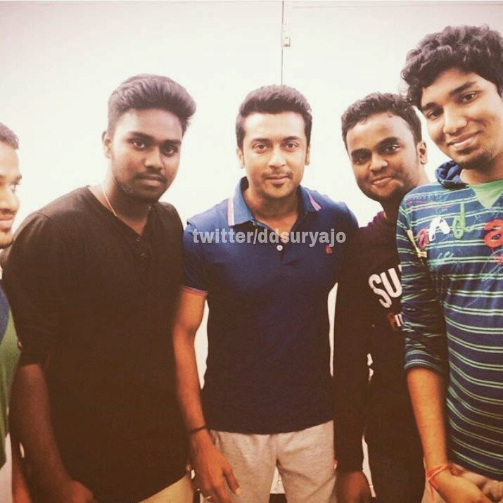 Surya-with-his-fans-stills-at-haiku-shooting