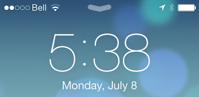 Signal strength and battery status bar seem to be larger on the lock screen.