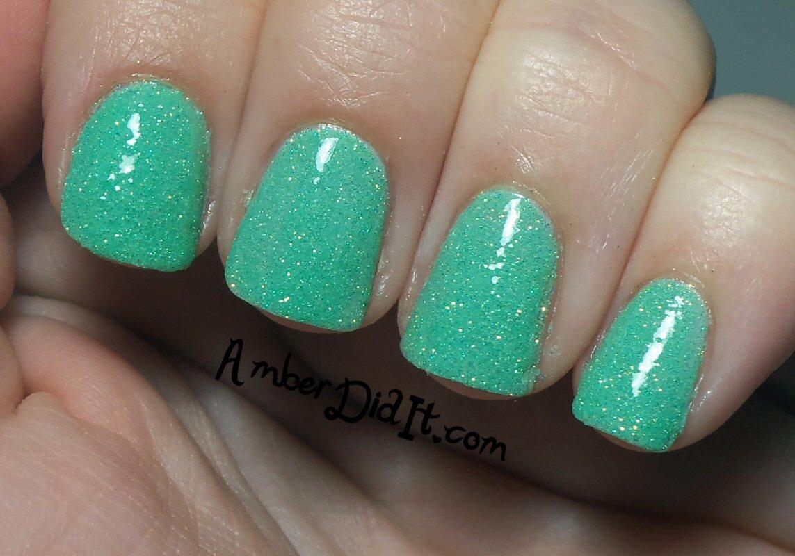Amber did it!: Glitter nails