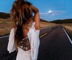 Y aunque se pase mi vida, yo te esperaré.