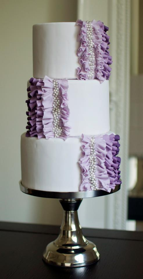 wedding cakes pictures  purple ombre wedding cake