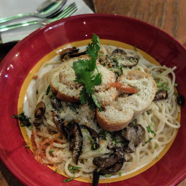 Maria Shrimp, Leona's Art Restaurant | heyladyspring.com