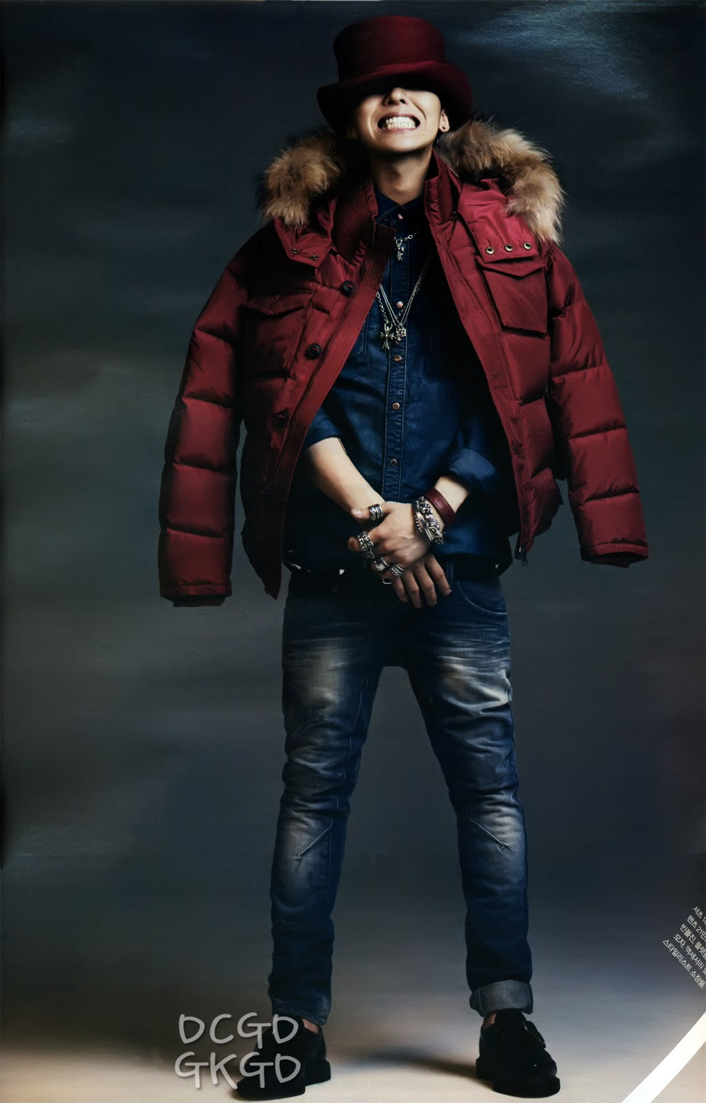 G-Dragon  Photos - Page 2 Gdragon-1st-look-magazine-scans_094