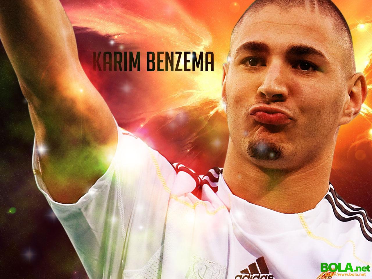 http://4.bp.blogspot.com/-jIfJPzWUmLk/TrPzfjmLRDI/AAAAAAAAA3A/dPjM6Wjx9Jw/s1600/Karim+Benzema+wallpaper5.jpg