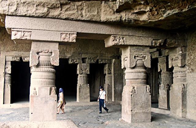 ellora pillar carvings