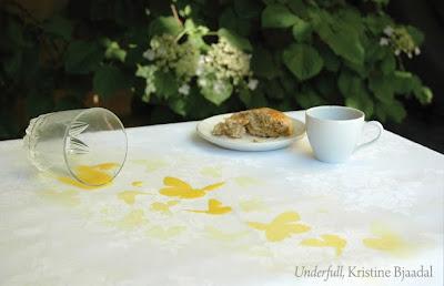 underfull tablecloth