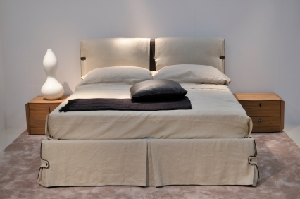 le blog de la literie et du sommeil 3 astuces pour customiser votre lit. Black Bedroom Furniture Sets. Home Design Ideas