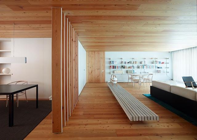 Casa cp la calidez del alerce espacios en madera for Placas de madera para revestimiento interior