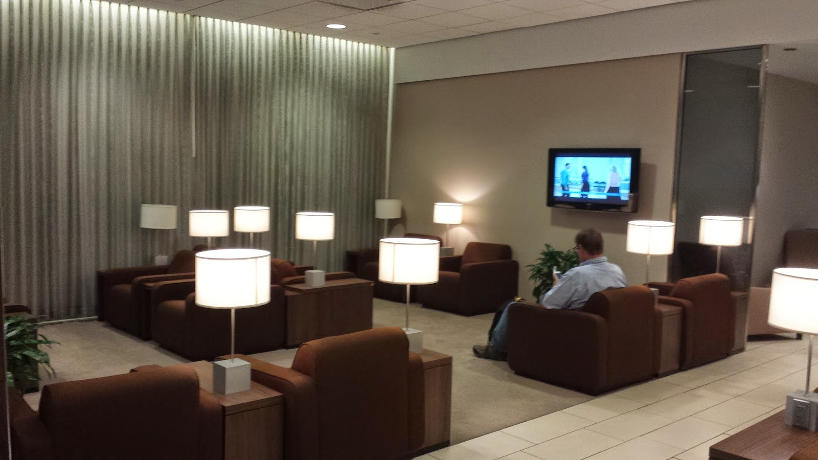 KLM-Club-Lounge-Houston