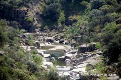 Río Yeguas Pelicula Entre Lobos