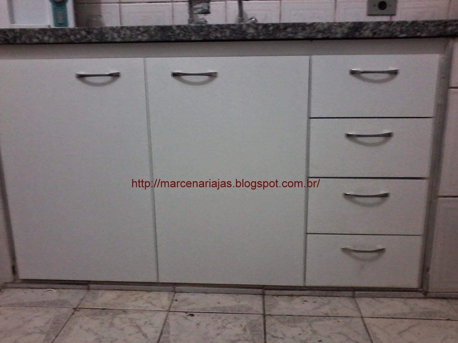 portas e gaveteiros para pia