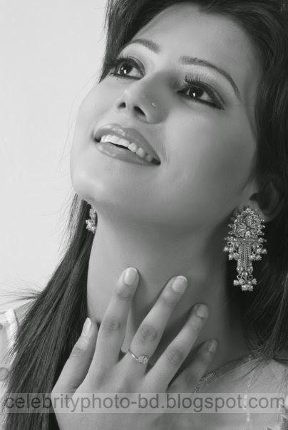 Beautiful+Popular+BD+Actress+Tanzika+Amin+Latest+Photos004
