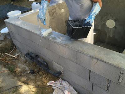 stratification de ma piscine spa b ton plunge pool construction d 39 une petite piscine en. Black Bedroom Furniture Sets. Home Design Ideas