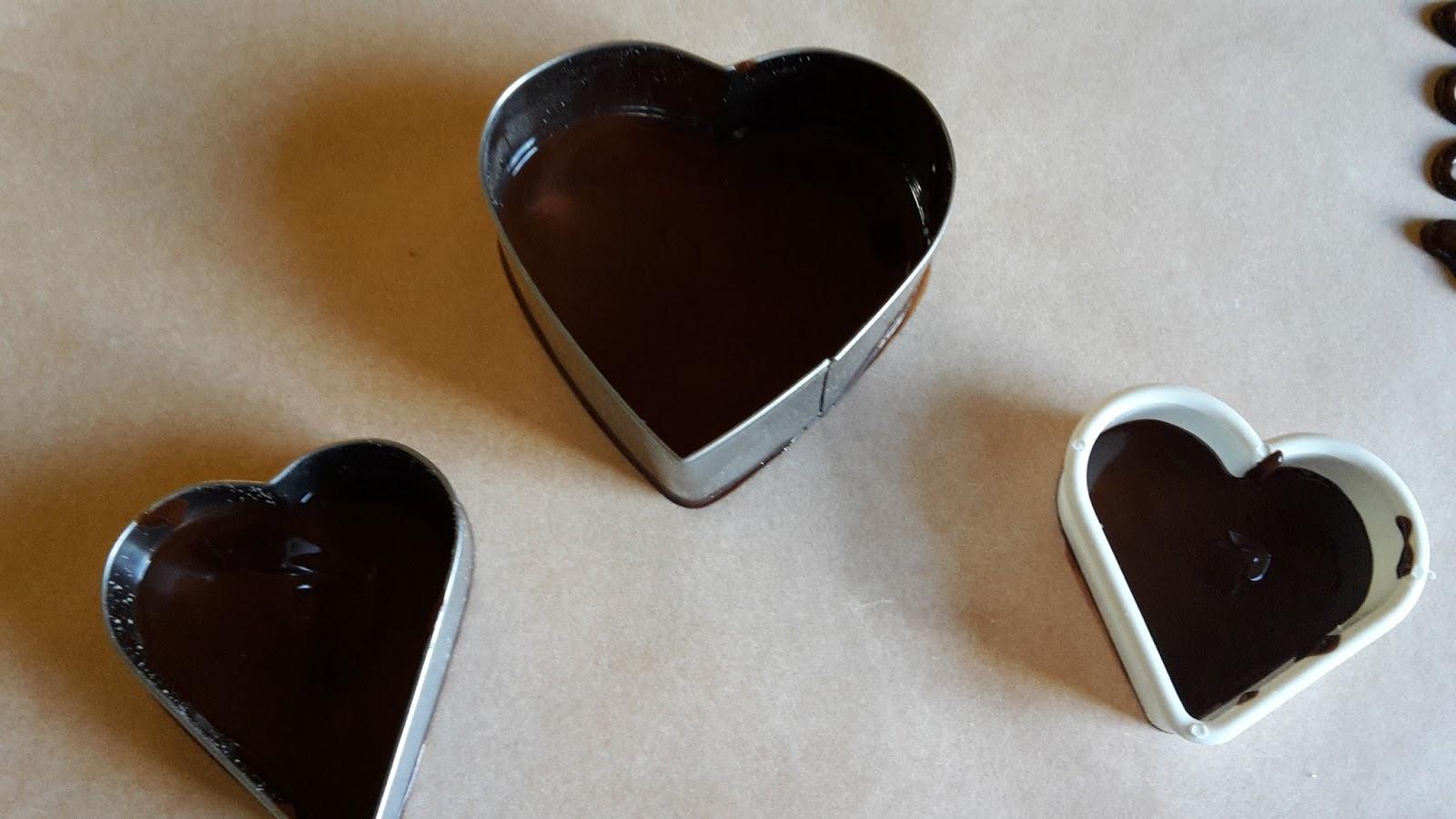 Cortesie in cucina torta cioccolato e noci - Bagno di cioccolato ...