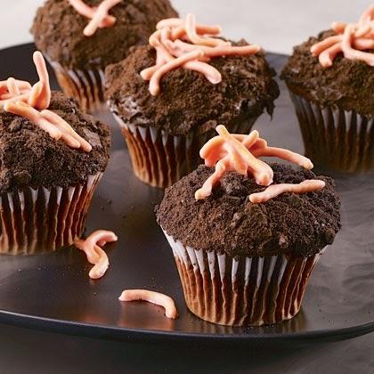 Creepy Crawling Cupcake for Halloween