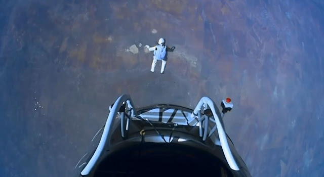 Felix Baumgartner en cada libre.