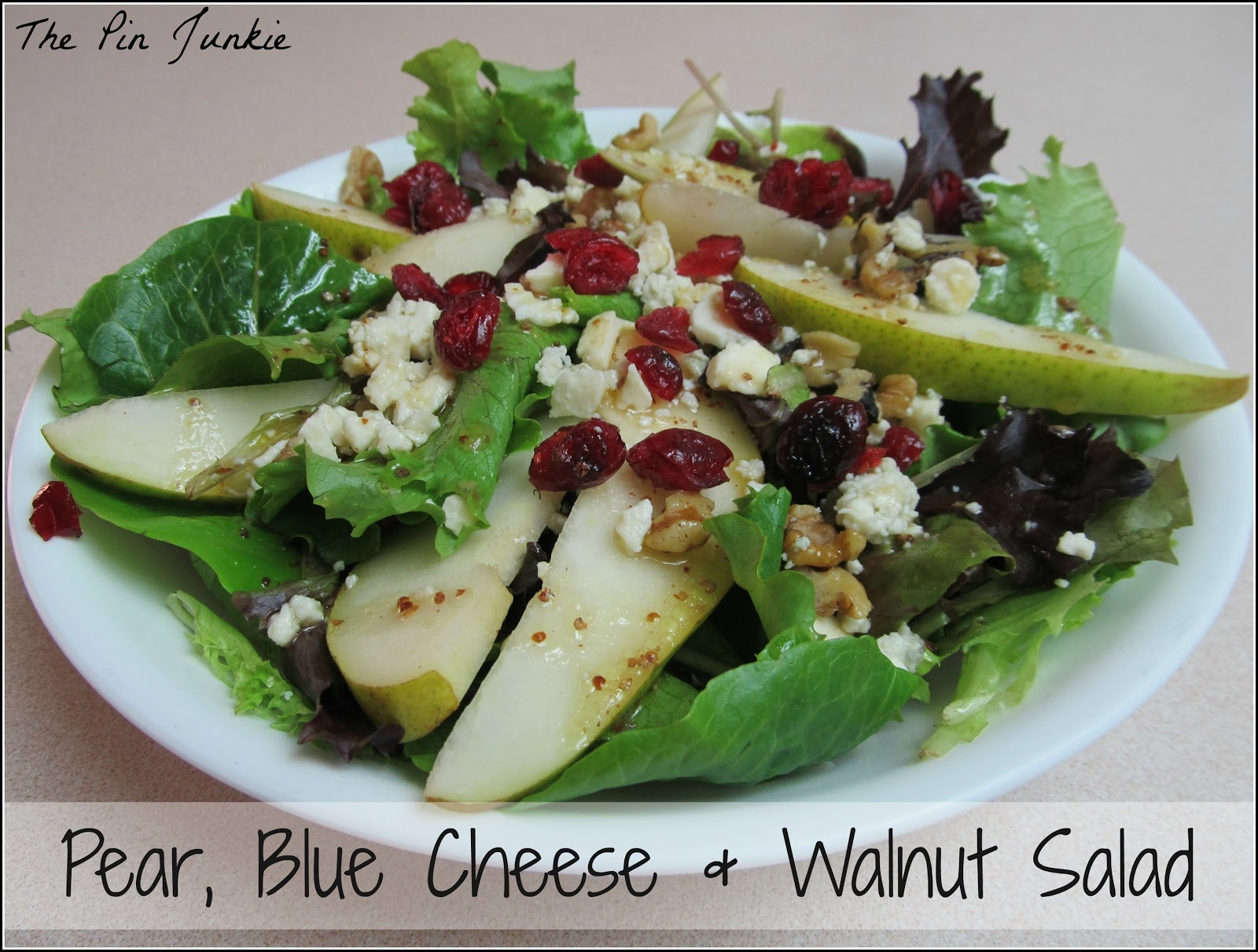 pear blue cheese and walnut salad