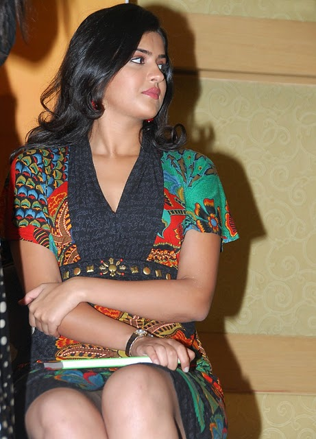 Beautiful actress Deeksha Pics
