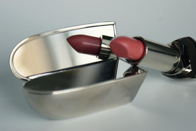 Lodoesmakeup blog beaut blog archive la batmobil du for Rouge a levre guerlain miroir