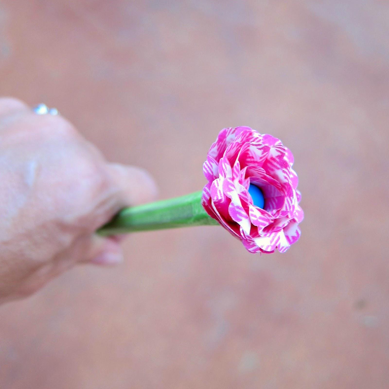 CAKEWashi Tape Flower PensOne Artsy Mama
