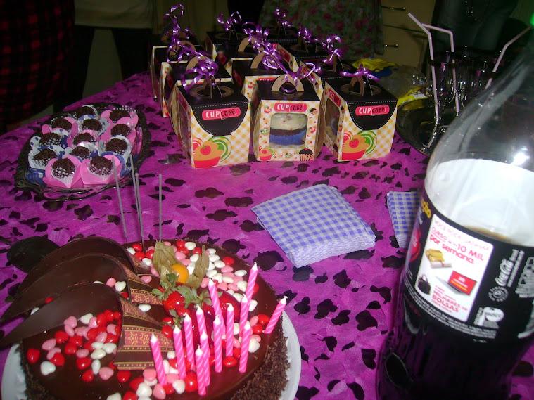 as delicias na casa da Marina pelo seus 13 aninhos - 2012