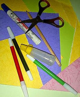 Membuat Kertas Seni untuk Media Puisi pada Mading