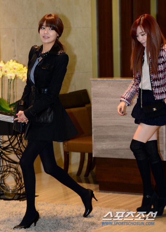Sooyoung dan Tiffany SNSD Hadir di Pernikahan Hong Rok-gi 16