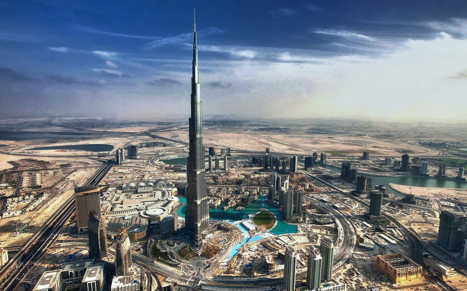 Care we hotel dubai burj khalifa for Dubai hotels near burj khalifa