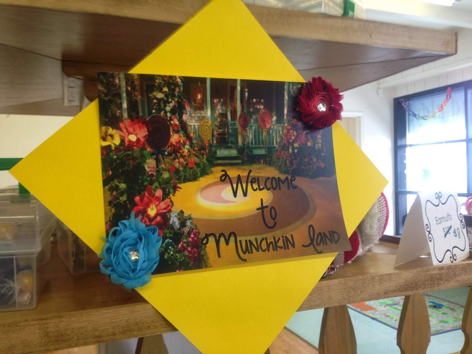 Wizard Of Oz Party Decorations Teaching Munchkins A Wizard Of Oz Celebration For My Little Munchkin