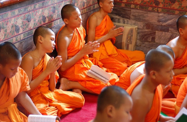 Buddhist,monks,meditation