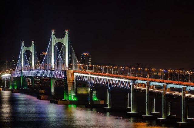 Busan's Diamond Bridge